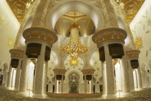 Sheikh Zayed Mosque. 1 © Abu Dhabi Tourism & Culture Authority