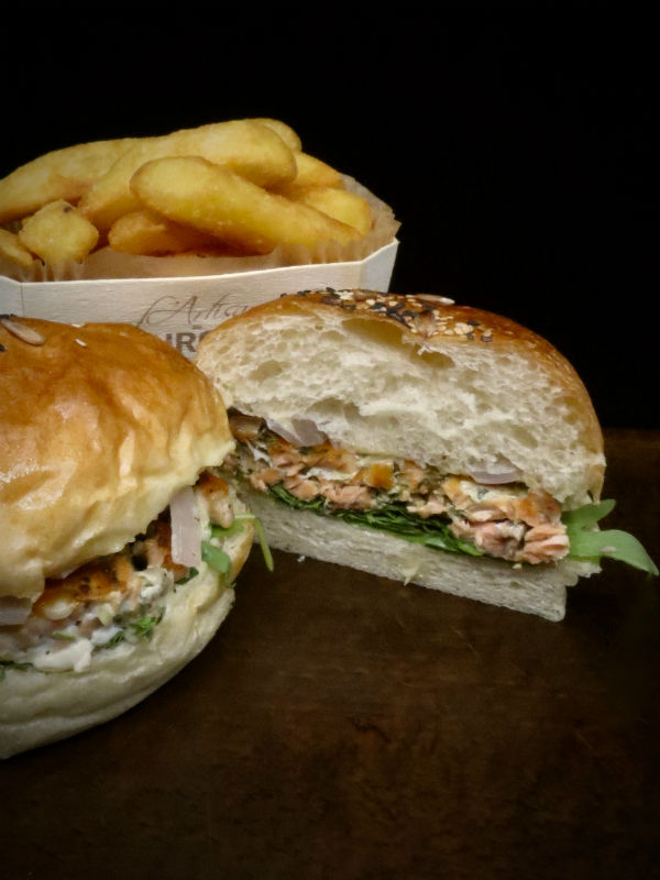 ILE SAINT LOUIS GRILLED NORWEGIAN SALMON BURGER2